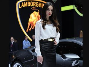 Las Chicas del Salón del Automóvil de Ginebra 2014