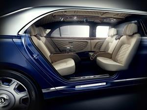 Bentley Mulsanne Grand Limousine por Mulliner debuta