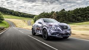 Nissan Juke 2020 la nueva generación posa envuelta en camuflaje