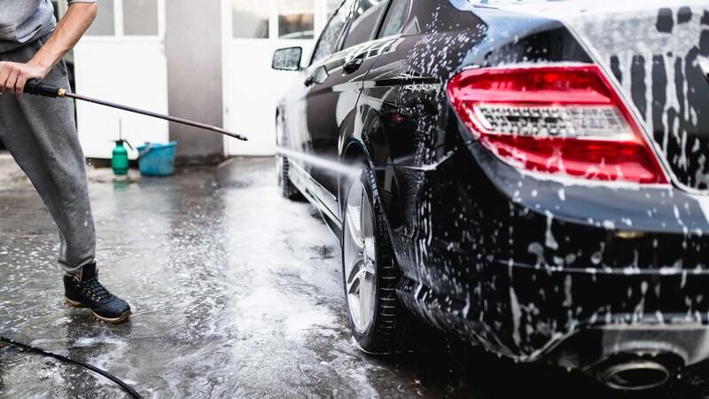 ¿Qué tengo que hacer para cuidar la pintura de mi vehículo?