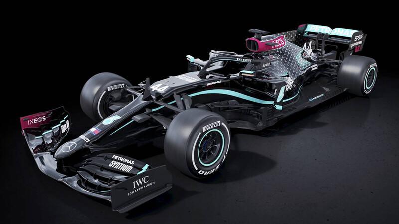 F1 2020: El monoplaza de escudería Mercedes estrena nuevo traje negro
