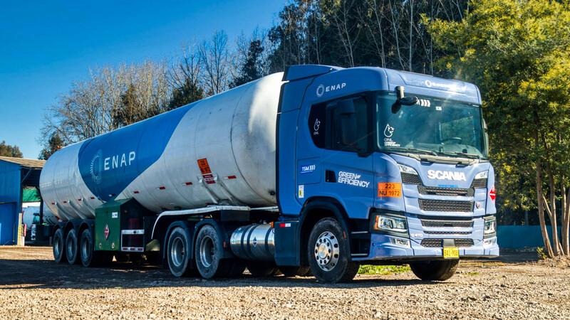 Scania y ENAP lanzan plan piloto para probar el GNL