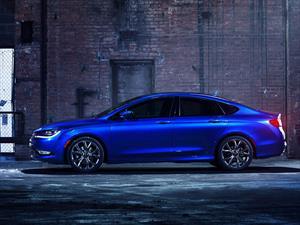 Chrysler 200 2015 debuta