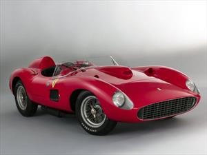 Lionel Messi se llevó el Ferrari 335 Sport Scaglietti 1957