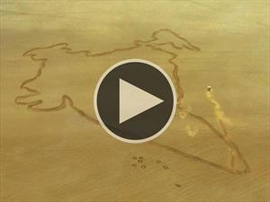 Video: Un Nissan GT-R traza el mapa más grande del mundo