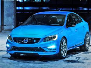 Volvo S60 y V60 reciben título de Mejor Auto Premium del Año