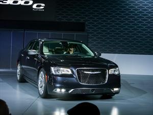 Chrysler 300 2015 se presenta
