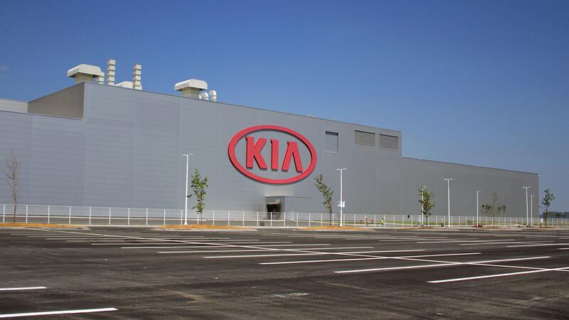 KIA cumple cinco años de producir en México