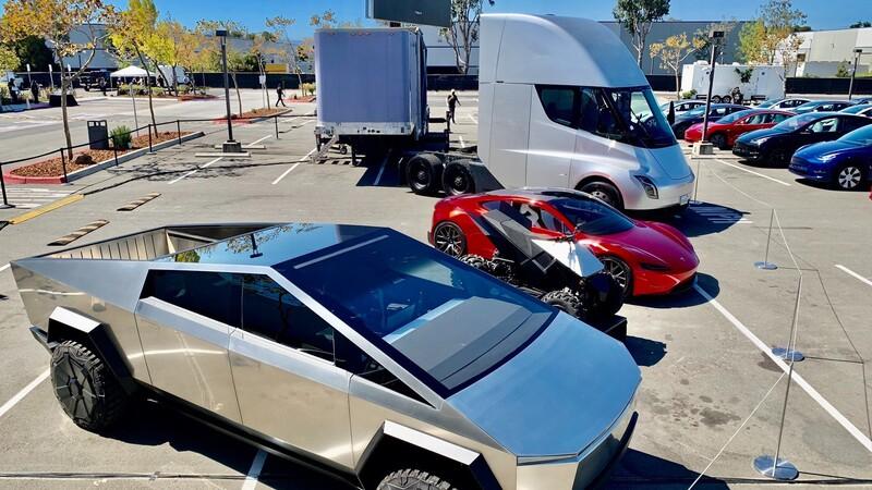 Tesla estrena nuevo modelo de entrada
