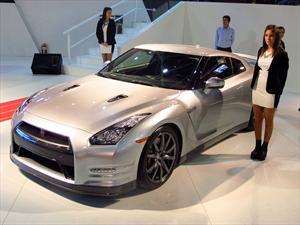 Nissan muestra el GTR en el Salón de Buenos Aires 2013