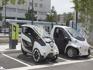 Toyota i-ROAD y COMS: Parte del transporte público en Francia