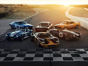 Subastarán una épica colección de autos de carreras Ford