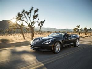 Chevrolet Corvette Stingray Convertible 2018 debuta