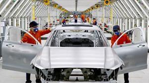 Qué tanto afectará el coronavirus la producción de automóviles en China