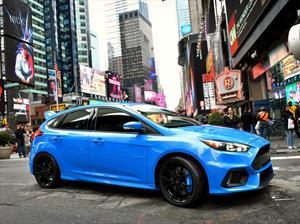 Ford Focus RS 2016 tiene una potencia de 345 hp