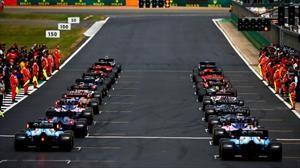 La Fórmula 1 comenzaría a disputarse en julio