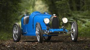 Baby II es un mini Bugatti eléctrico disponible para niños y adultos