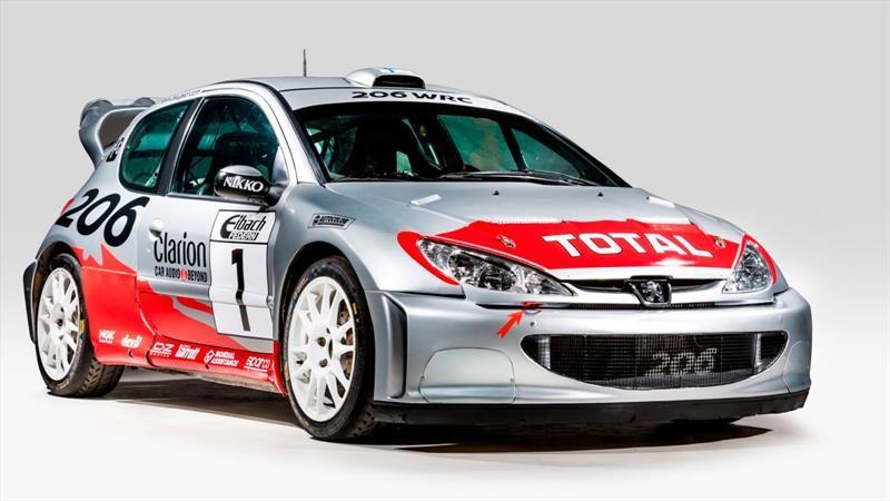 Este alucinante Peugeot 206 WRC del 2001 podría ser tuyo