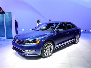 Volkswagen Passat BlueMotion Concept llega al NAIAS 2014