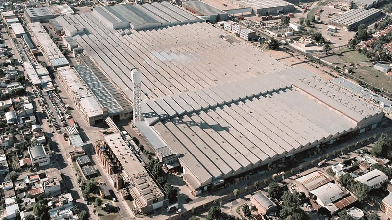 El Grupo PSA vuelve a fabricar en El Palomar