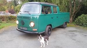 Una VW Kombi con motor Tesla: in your face Cybertruck
