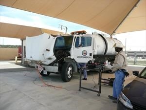 La Armada de EE.UU. hace pruebas con camiones e hidrógeno
