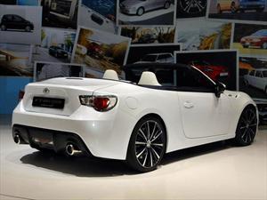 Toyota FT-86 Open Concept, el convertible del GT86