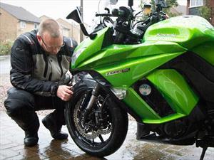 10 consejos para mejorar la seguridad de los motociclistas