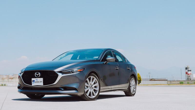 ¿Cuánto cuesta tener un Mazda3 2021?