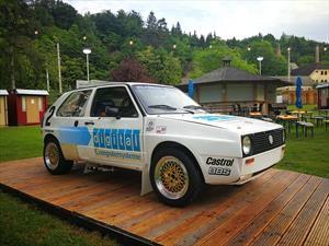"""Volkswagen restaura el enigmático Golf 1987 con """"doble motor"""""""