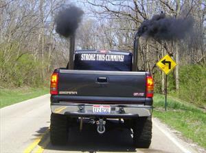 El 25% de los autos causa el 90% de la contaminación