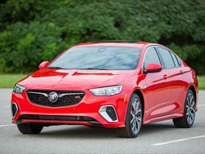 Buick Regal GS 2018 se presenta