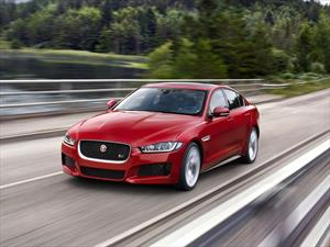 Jaguar XE 2015, el nuevo rival para el Clase C,  Serie 3 y A4