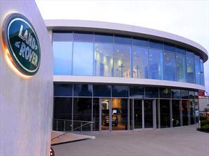 Land Rover: Inaugura nuevo centro de entrega