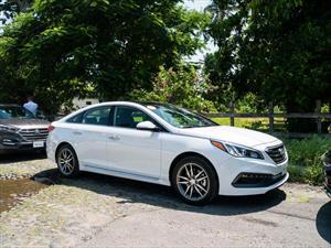 Hyundai Sonata Sport 2016 llega a México en $424,900 pesos