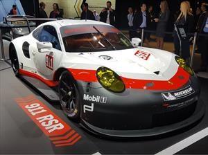 Porsche 911 RSR debuta