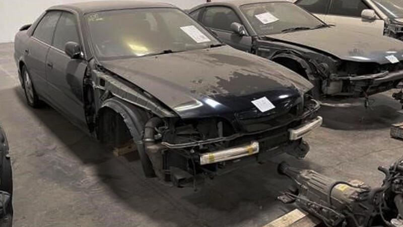 Se subastó un lote de autos japoneses ilegales que son una joya