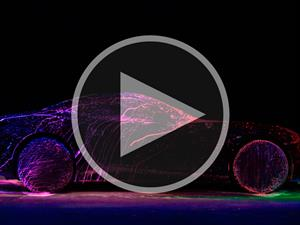 Video: Ferrari California T se convierte en arte