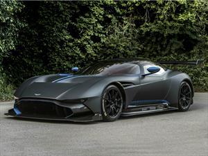 Aston Martin Vulcan llega a Pebble Beach Concours d'Elegance 2015