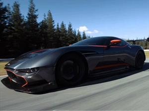 Aston Martin Vulcan es llevado a la pista