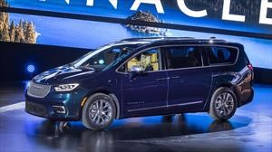 Chrysler Pacifica 2021 debuta