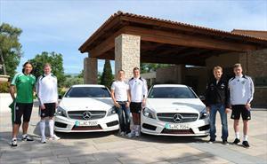 Schumacher, Rosberg y la Selección Alemana en un nuevo Mercedes-Benz Clase A