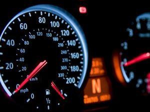 Cómo saber si el cuentakilómetros de un auto fue adulterado