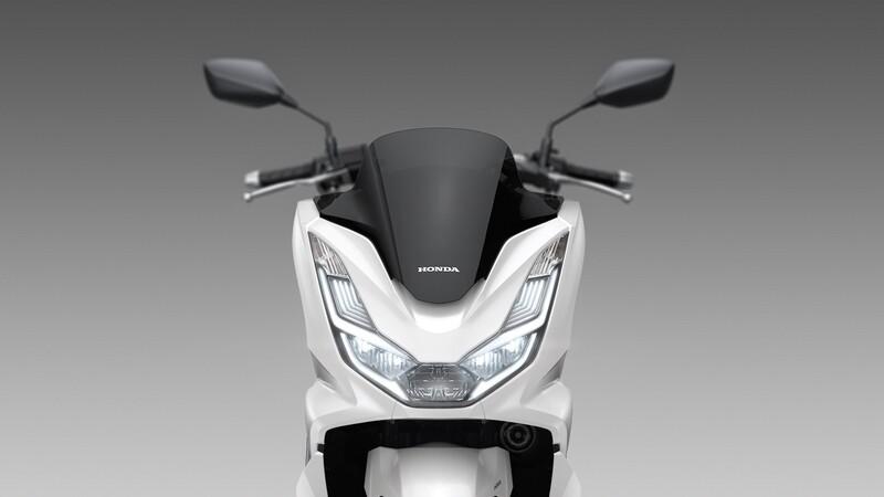 Honda presenta su nueva gama de motos tipo scooter
