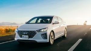 Hyundai Ioniq 2020 a prueba, el acérrimo rival del Prius ahora es más tecnológico