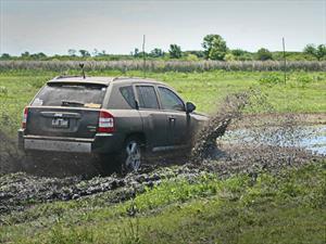 El Jeep Club le hizo probar el barro a los usuarios de Compass y Patriot