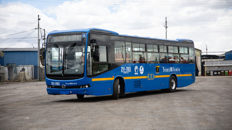 BYD vendió una gigantesca flota de buses eléctricos para Bogotá