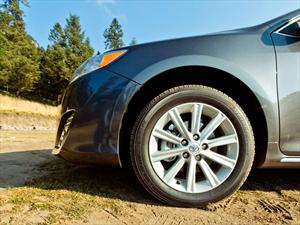 Toyota suma nuevos distribuidores al programa de autos certificados en México