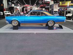 Ford Fairlane 1967 Pure Vision, con rines de Lamborghini