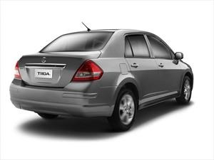 Nissan Tiida ya tiene lápida